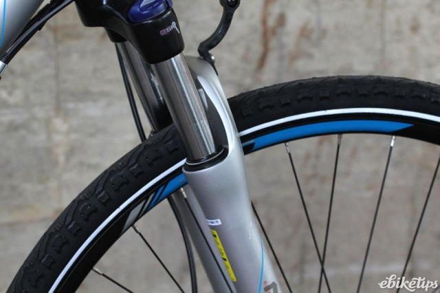 Carrera Crossfire-E Womens Electric Bike - fork detail.jpg