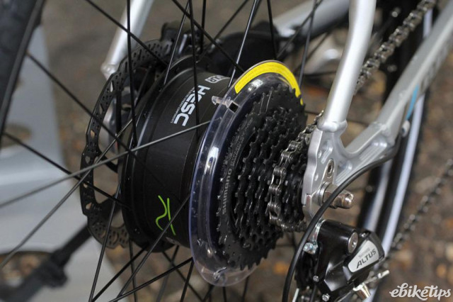 Carrera Crossfire-E Womens Electric Bike - rear hub.jpg