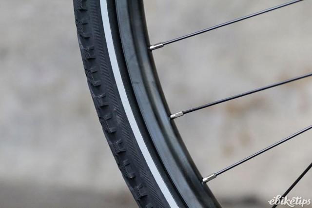 Carrera Crossfire-E Womens Electric Bike - tyre.jpg