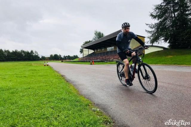 Chris_Ramsay_during_his_record_breaking_ride_using_his_VOLT_e-bike.jpg