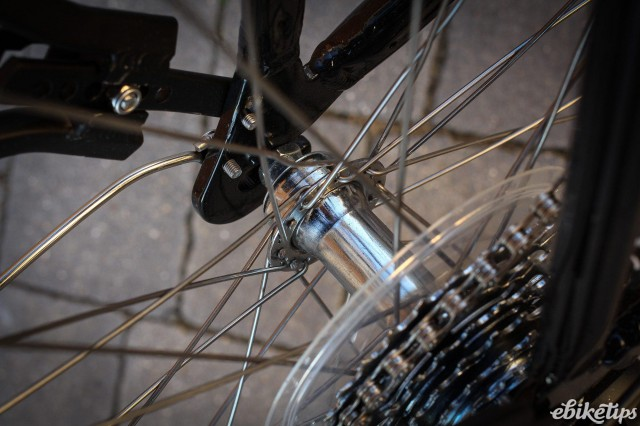 Cyclotricity Sahara -rear hub.jpg