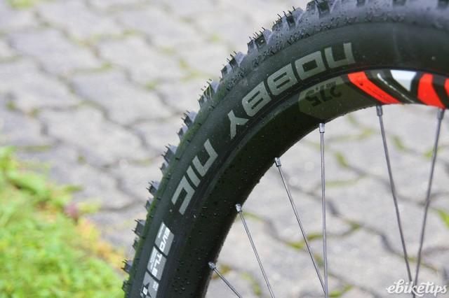 Giant Full E+ 0 SX - tyre.jpg
