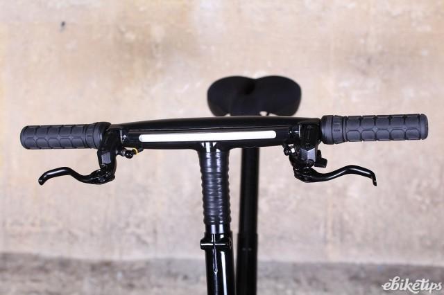 Gocycle G3 - bars.jpg