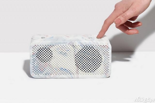 Gomi speaker.jpg
