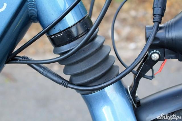Juicy Bikes Roller - headshock.jpg