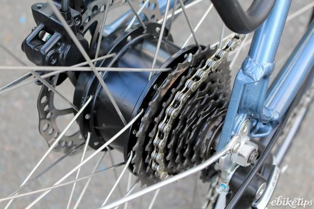 Juicy Bikes Roller - hub.jpg