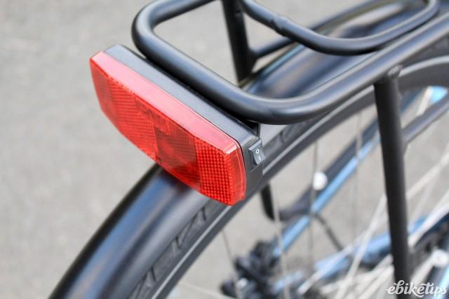 Juicy Bikes Roller - rear light.jpg
