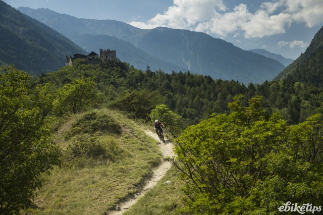 Liv Vall E+ Riding 3.JPG