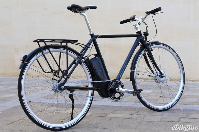 Momentum Upstart - full bike 2.jpg