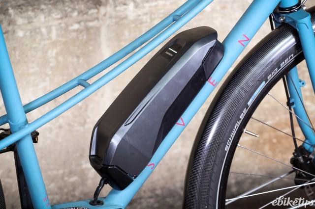 Sven Cycles The Swift Step Through e-bike - battery.jpg