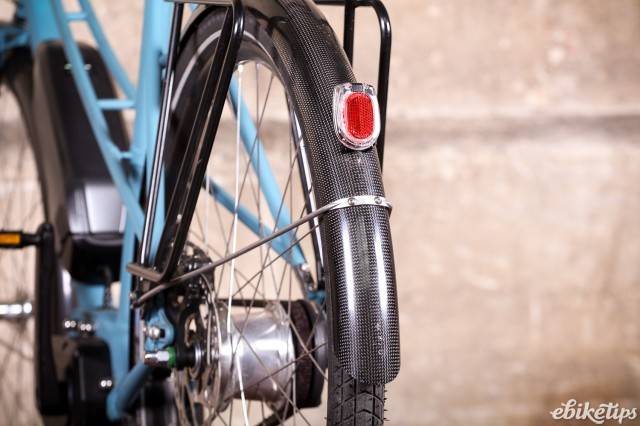 Sven Cycles The Swift Step Through e-bike - rear mudguard.jpg