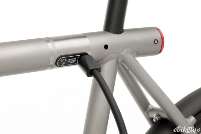 Vanmoof Electrified S - charging.jpg