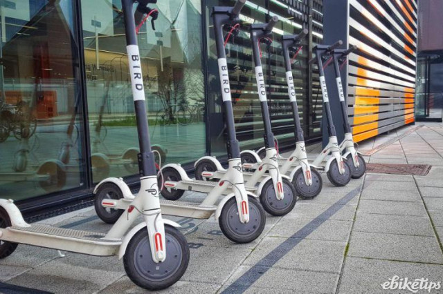 bird-e-scooters-queen-elizabeth-olympic-park-copyright-simon-macmichael.jpeg