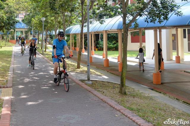 e-bike singapore - via Laam Pin Min on facebook.jpg