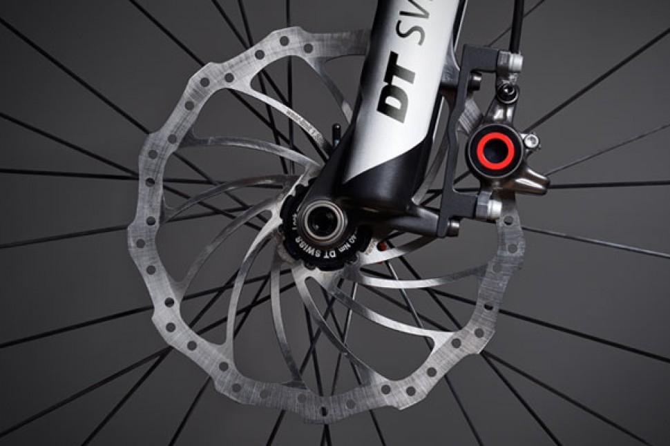Audi Sport e-tron - fork.jpg
