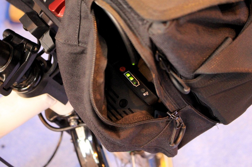 Cycle Show e-bike roundup - ARCC - bag with battery 2.jpg