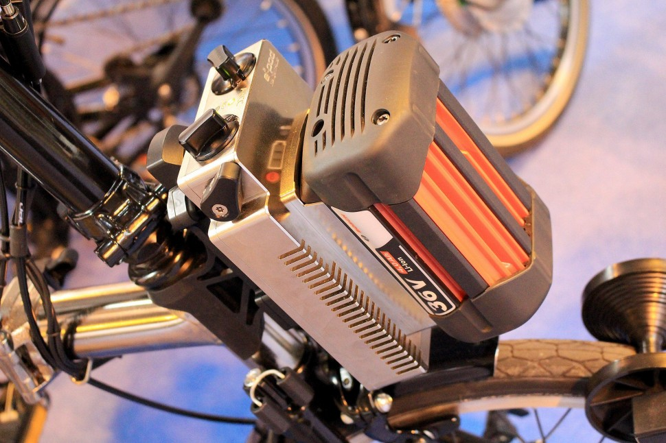 Cycle Show e-bike roundup - ARCC - controller and battery.jpg