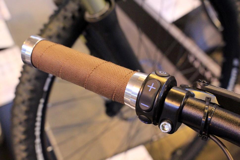 Cycle Show e-bike roundup - Kalkhoff Integrale Custom - grip.jpg