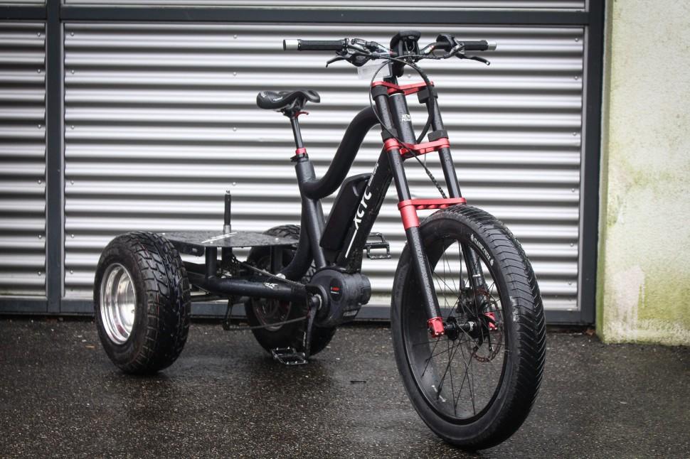 Eurobike 2017 cargo bikes XCYC -2.jpg
