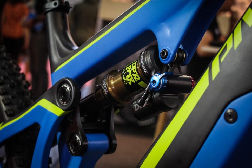 Eurobike 2017 e-MTB Pivot -5.jpg