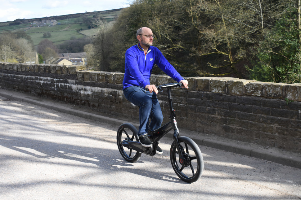 GoCycle G4i - riding 1.jpg