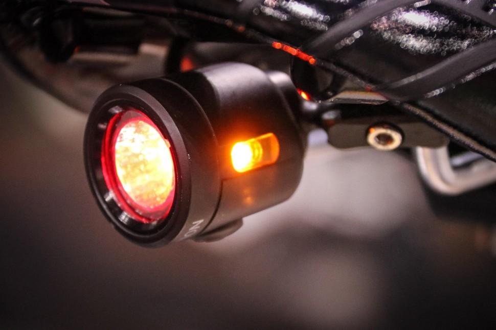 Icebike 2017 e-bikes Light & Motion-3.jpg