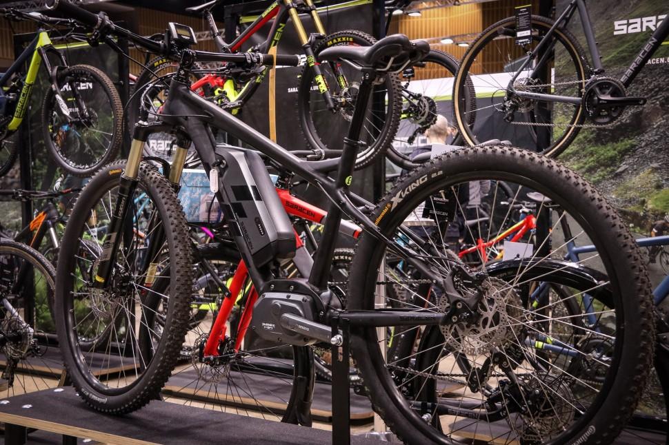 Icebike 2017 e-bikes Saracen Juiced -1.jpg
