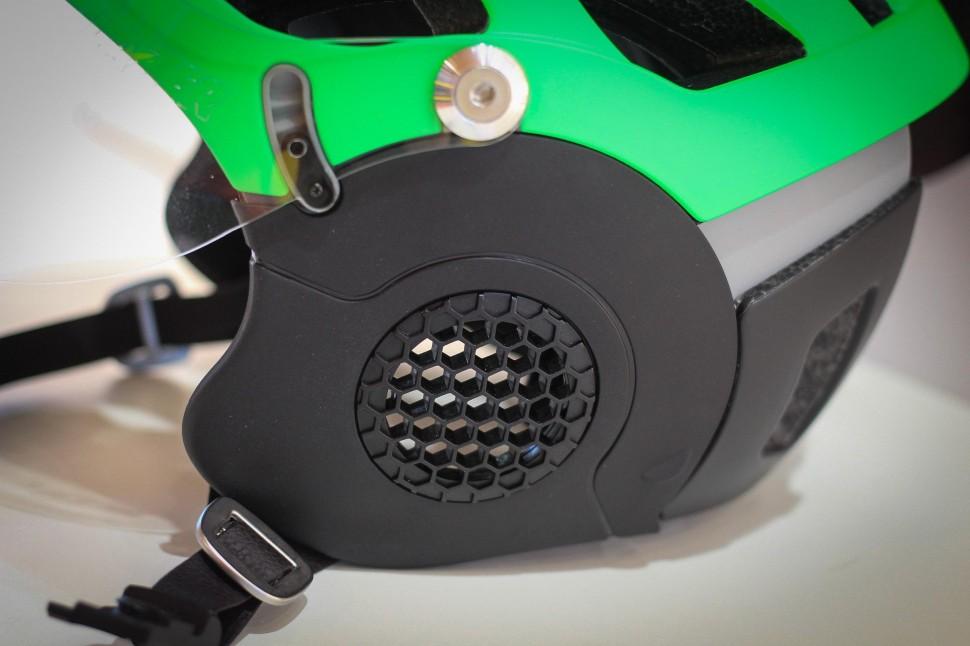 Lazer Anverz -2.jpg
