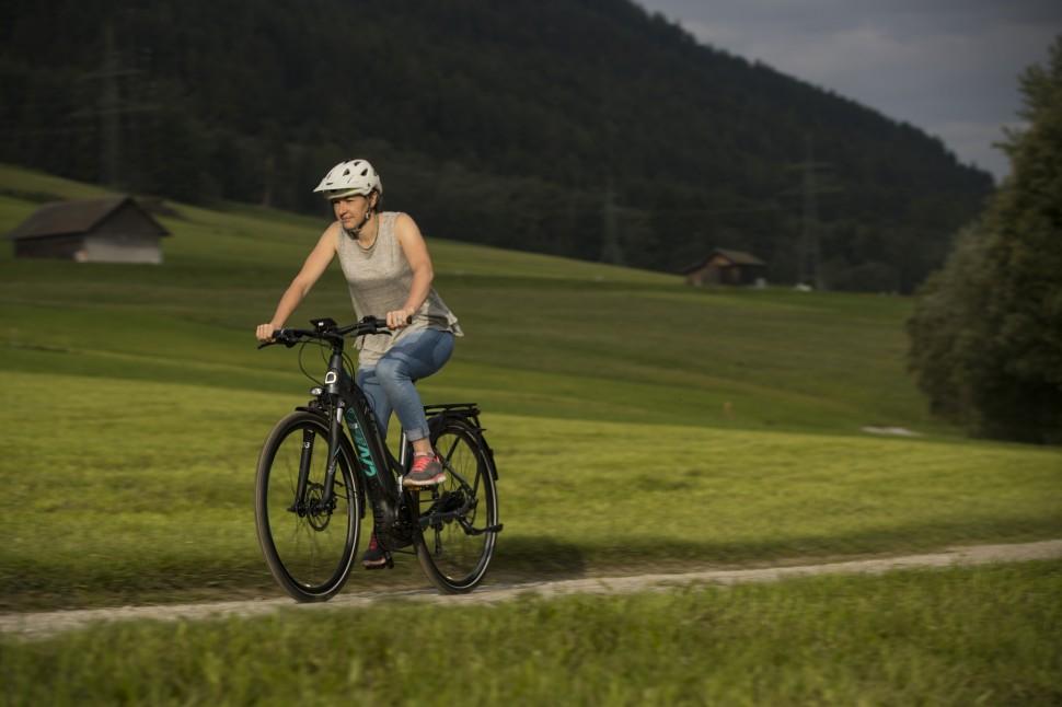 Liv Amiti E+ ride17.JPG