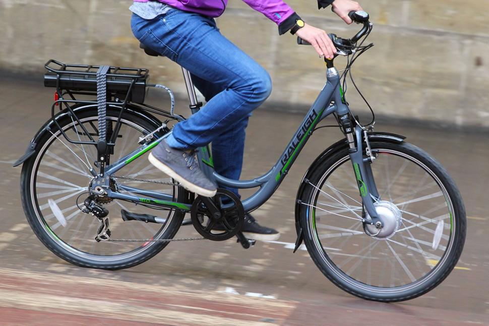 Raleigh Velo XC - riding 1.jpg